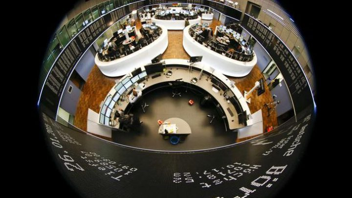 Stocks – S&P Falls as U.S Coronavirus Scare Sours Sentiment
