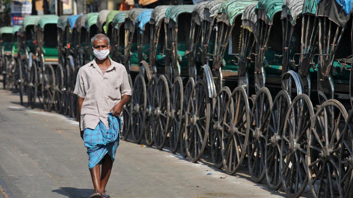 """Some of us will die"": India's homeless stranded by coronavirus lockdown"