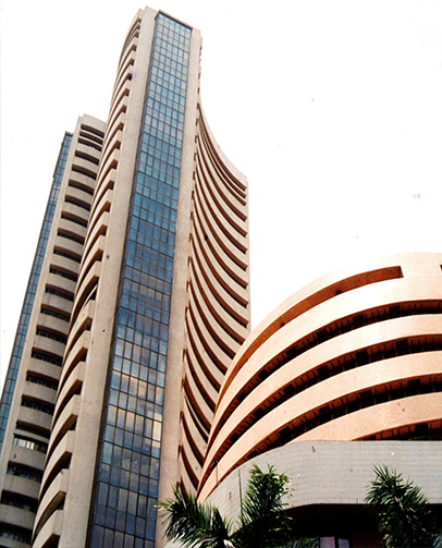 Sensex, Nifty Edge Lower; Banking, Financials Witness Selling Pressure